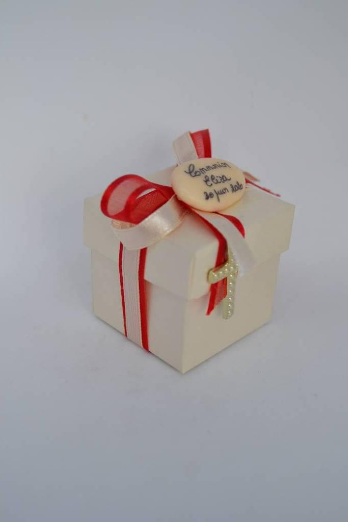 Ballotin à dragée le mini cube de communion le festival de la dragée