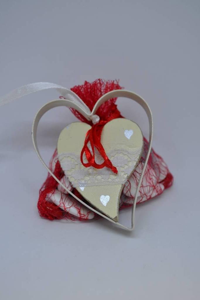 coeur métal et chocolat de la saint valentin le festival de la dragée