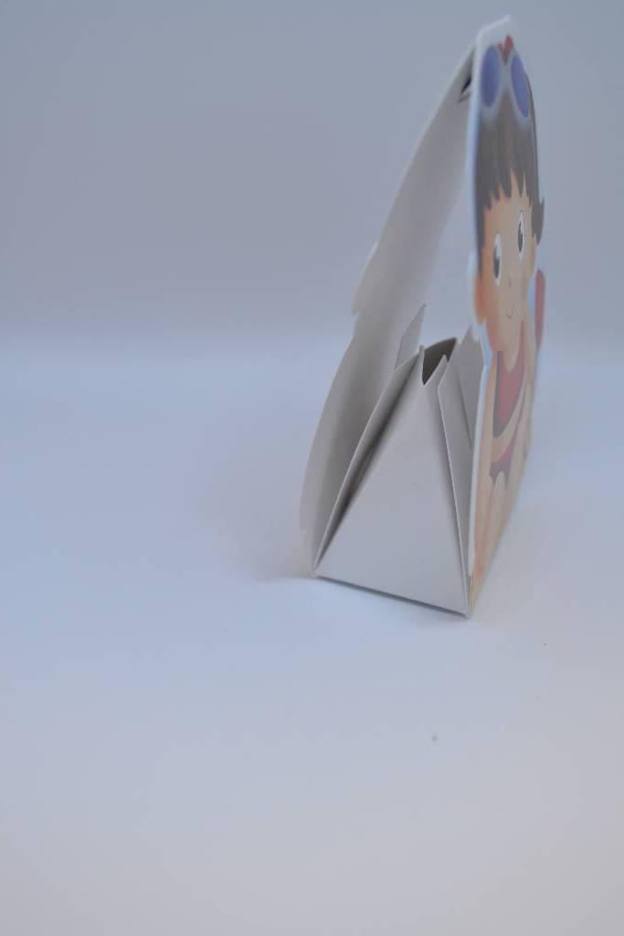 boite à dragée petite fille en carton festival de la dragée