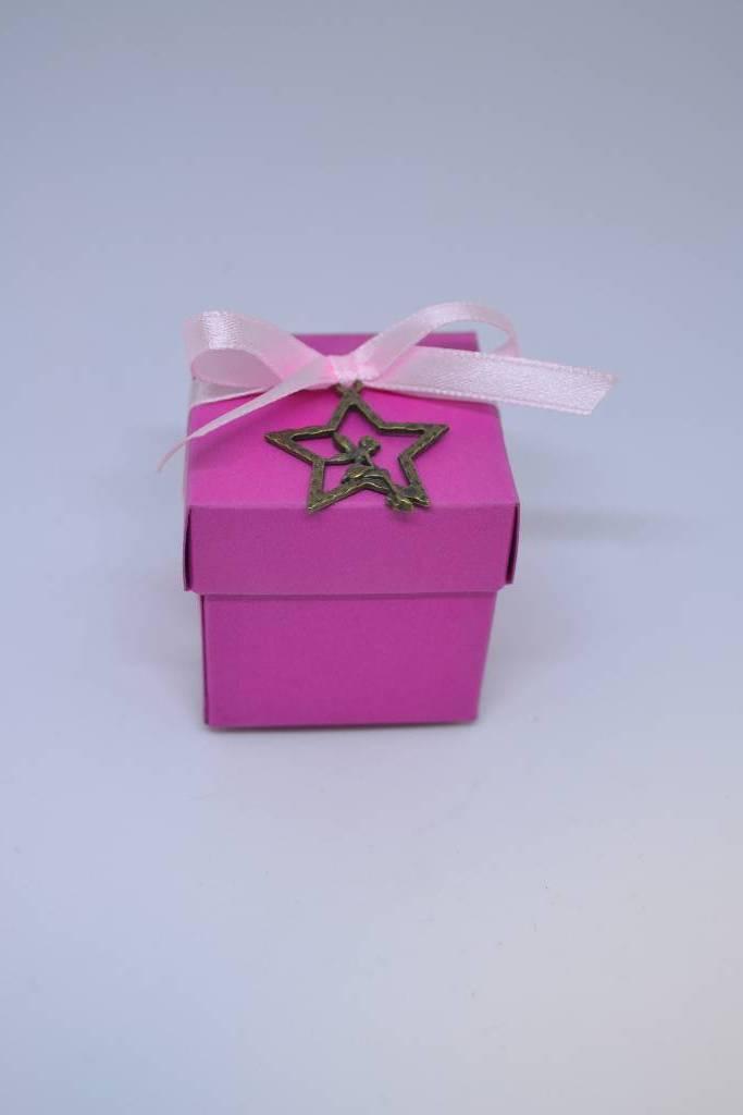 Mini cube à dragée rose fée festival de la dragée