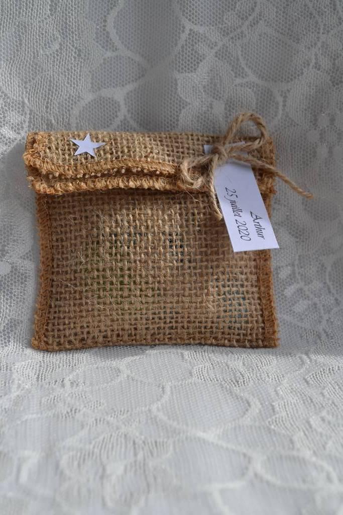 sac de jute à dragée baptême naturel le festival de la dragée