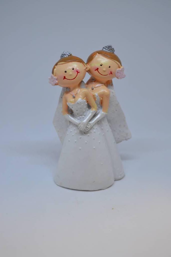 Couple de mariées femme festival de la dragée