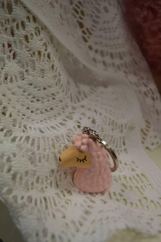 Figurine porte clés lama festival de la dragée